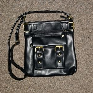 Handbags - 🎉 5/$25 Black Shoulder / Crossbody Bag